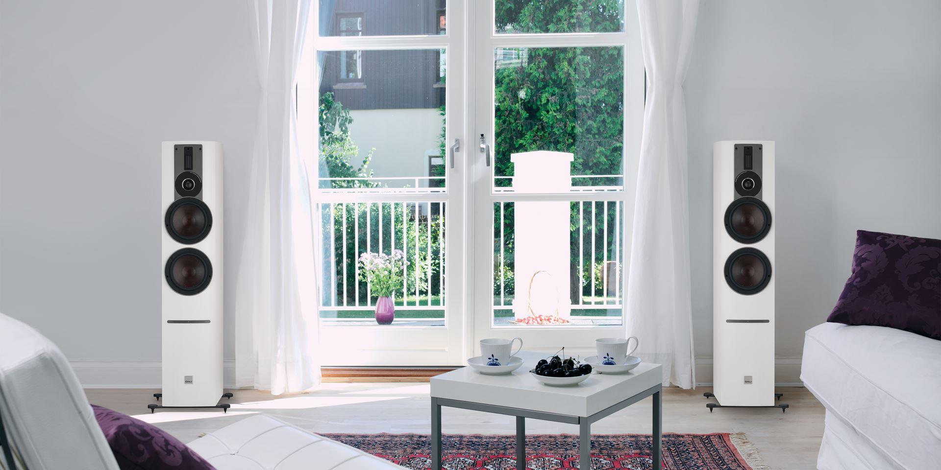 _6094_rubicon-6-c-white-livingroom
